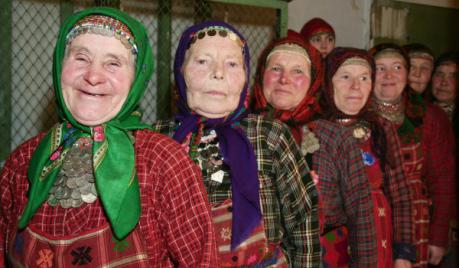 """Быт фольклорного коллектива """"Бурановские бабушки"""""""